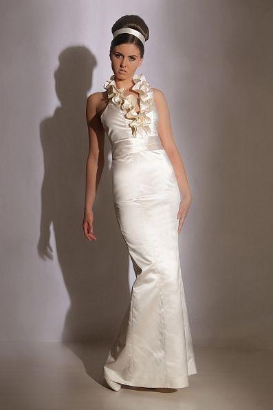 Dress Aimee - Handmade lace and silk wedding dress, bridal gown - Handgefertigtes Brautkleid aus Seide und Spitze - Mônica Santana Haute Couture - Made in Germany Monica Santana