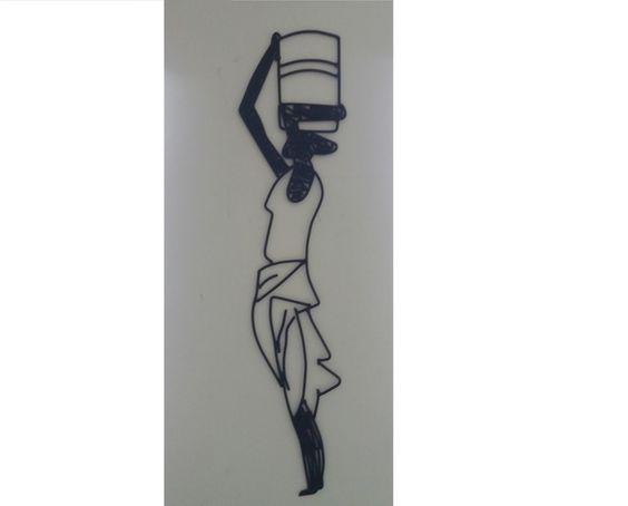 Escultura em arame Lata D'água