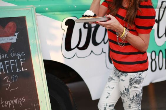 waffle food truck / love her outfit!