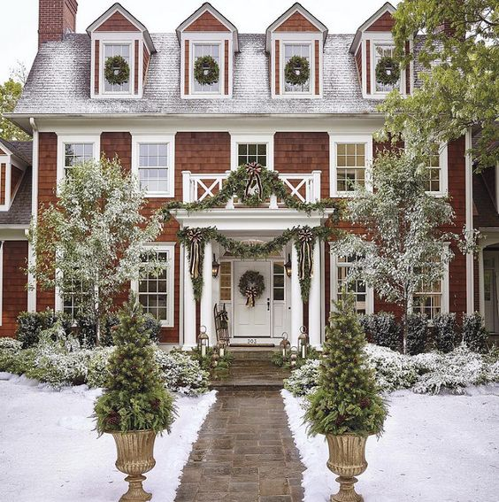 Attractive Exterior Holiday Decorating Ideas Part - 12: A Tailored Holiday Home With Elegant Christmas Decor | Simple Christmas,  Holidays And House