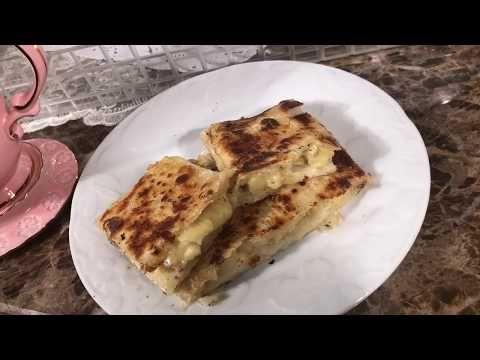مطبق حلو بالموز والقشطة مقرمش هش Youtube Cooking Food Breakfast