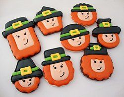 Make these little leprechaun cookies for your St. Patrick's Day party with this #recipe.  #baking