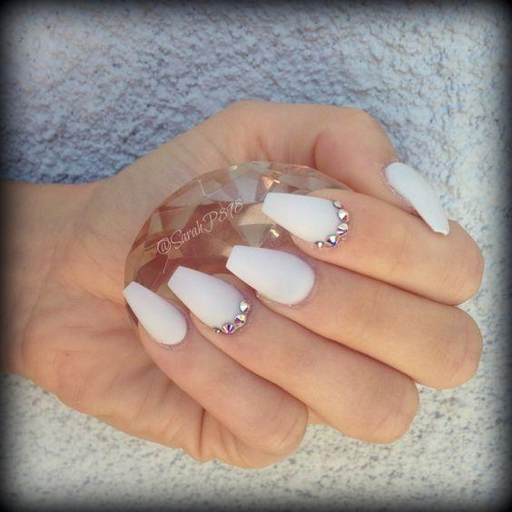 matte white acrylic nails wwwimgkidcom the image kid