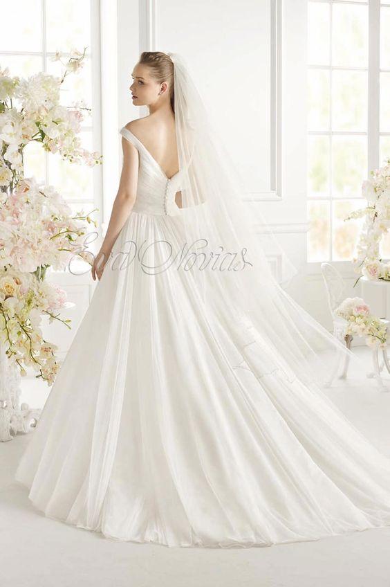 vestido de novia Avenue Diagonal colección 2015 modfelo Geva
