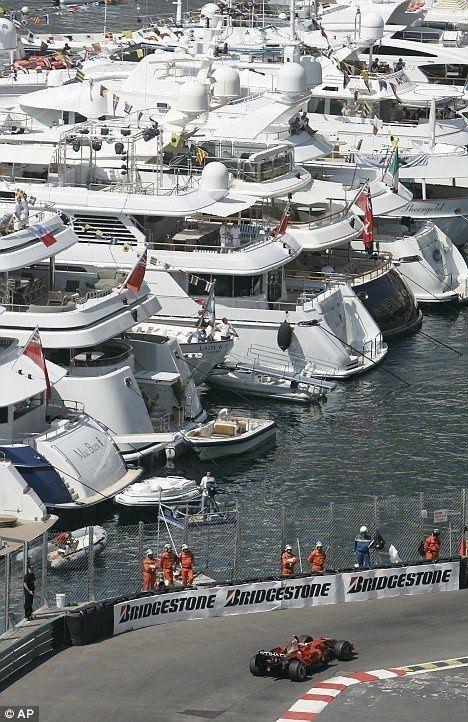 ★ Visit ~ MACHINE Shop Café ★ (Chillin at Monaco F1 Grand Prix)
