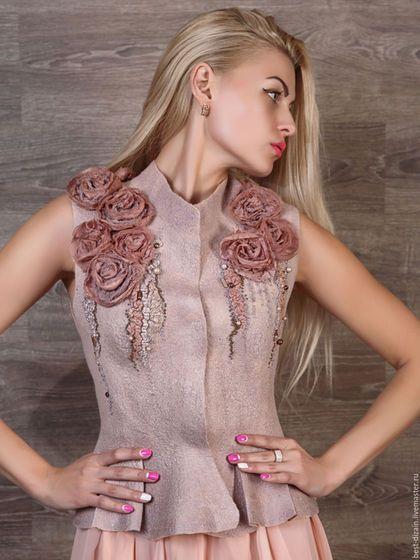 "Handmade felted vest  / Валяный жилет ""Какао"" — работа дня на Ярмарке Мастеров.  Узнать цену и купить: http://www.livemaster.ru/best-dizain"
