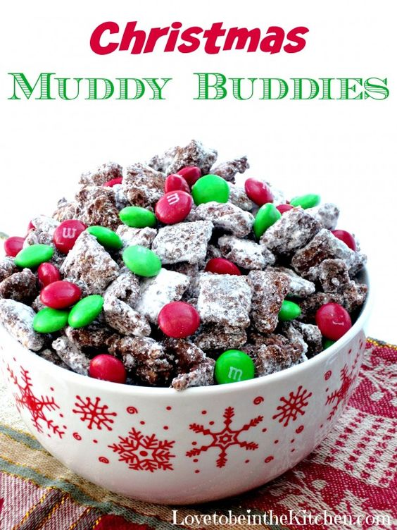 Christmas Muddy Buddies- The best treat for Christmas! I love giving this out for neighbor treats!