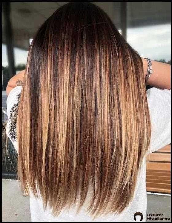 35 Auffallige Haarfarben Im Herbst 2020 Haarfarben Haarfarben Lange Haare Braun Blonde Haare