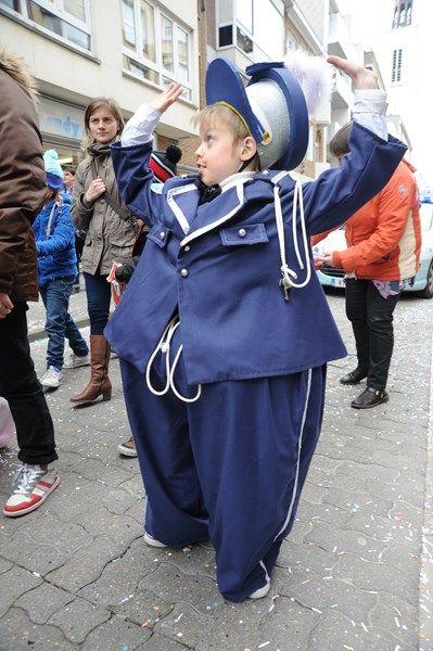 Fotospecial carnaval (3) : de kindercimlanteirestoet (Oostende) - Het Nieuwsblad (maart 2015)