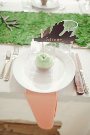 Refreshing Spring Place Setting Ideas