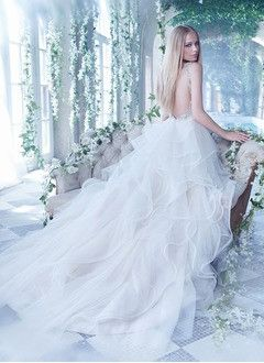 A-Line/Princess V-neck Court Train Tulle Wedding Dress With Beading Appliques Lace