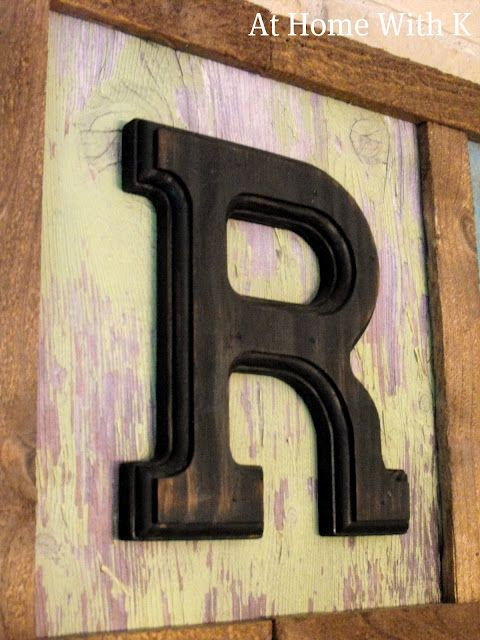 Makeshift wood sign - would look cute on my big empty wall.
