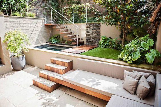 amenagement cour interieure 20 idees de courettes With amenagement petit jardin avec piscine 11 terrasse carrelee ma terrasse