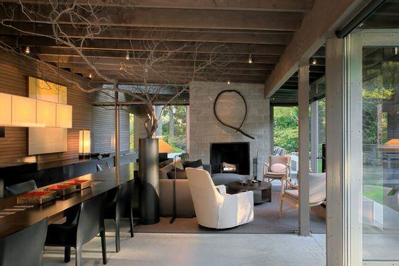 Modern urban cabin in Washington State