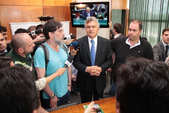 Post  #FALASÉRIO!  : Façam algo, por favor! A aprovação desse decreto é...