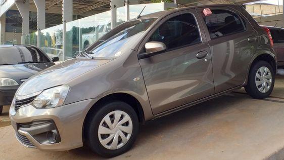 Toyota Etios X 1 3 Flex 16v 5p Mec Meu Carro Novo Em 2020 Toyota Etios Carros Toyota