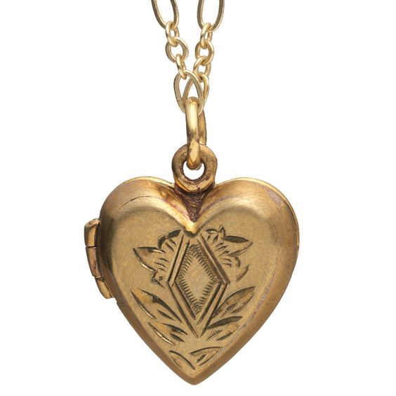 Etched Heart Locket - The Met Store