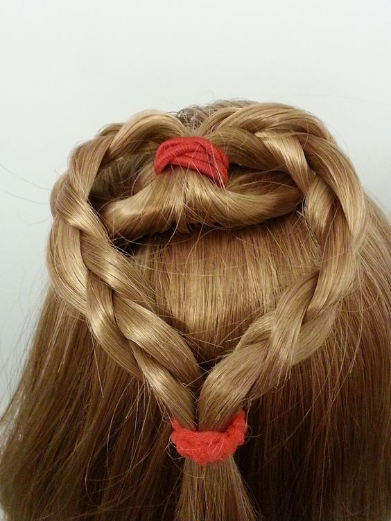 Long hairstyles, American girl dolls and Girls on Pinterest