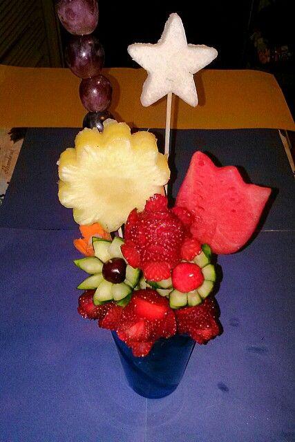 Vaso de frutas en cristal de colores arreglos florales y for Frutas de cristal