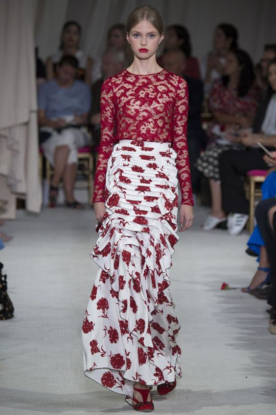"""A gorgeous and utterly extravagant collection"" - read the Vogue verdict on @OscarPRGirl http://vogue.uk/vyVfCF"
