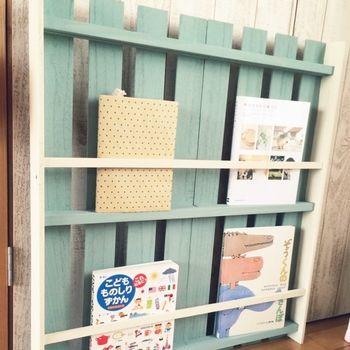 こんな絵本棚が欲しかった♪ すのこのサイズを変えればいろんな大きさの本棚が作れます。