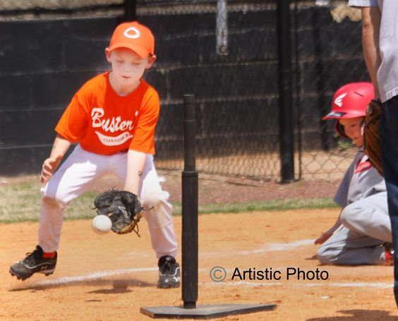 Photographs photos and backgrounds on pinterest for Youth sports photography templates