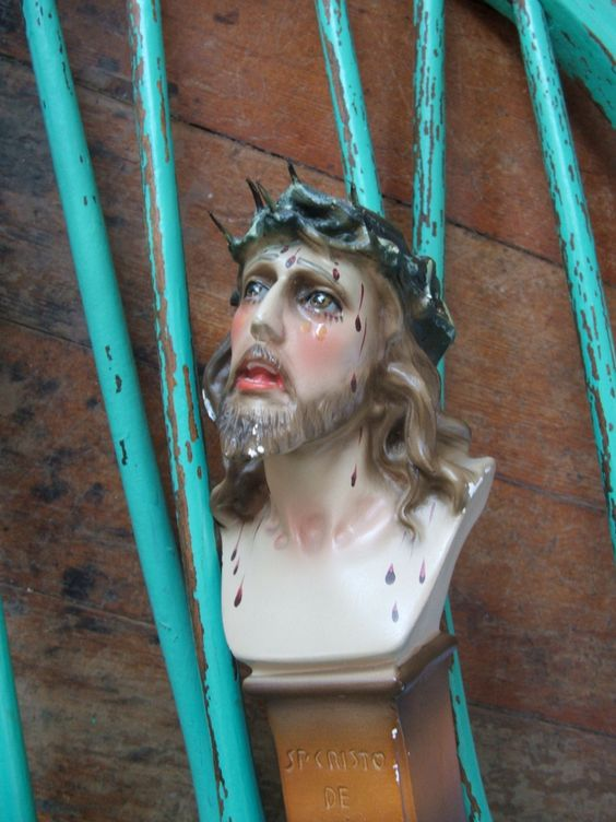 Vintage St. Cristo De Limpias Bust Jesus Christ Chalkware by lookonmytreasures on Etsy