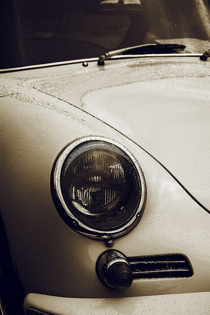 Cars // Porsche // Classic - Beautiful one-owner Porsche 356 (Cannot remember the year).
