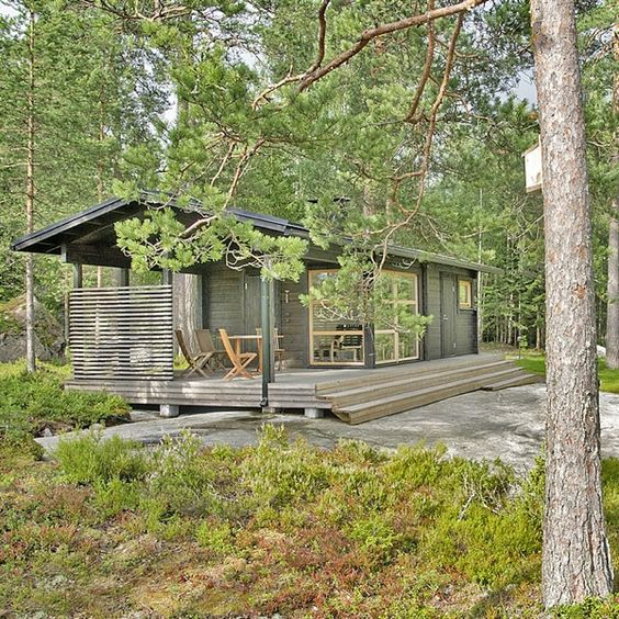 Prefab Pool House Guest Suite: 242 Sq. Ft. Tiny Modern Prefab Sun House.. Original Source