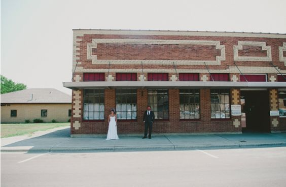 Minnesota Wedding http://rusticweddingchic.com/modern-vintage-rustic-wedding