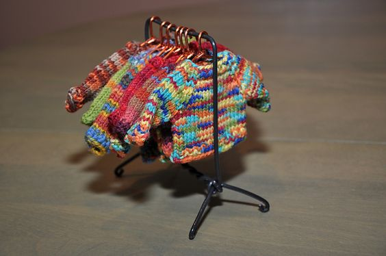 Ravelry: northerncat's mini sweater