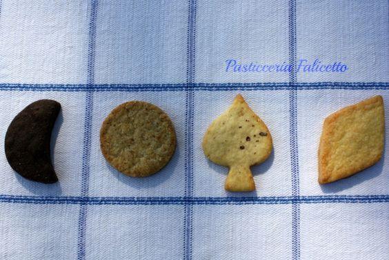 Vendita carte da gioco Piacenza, Produzione biscotti di pasticceria