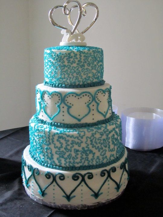 tiffany blue wedding cake my fake dream wedding pinterest blue wedding cakes tiffany blue. Black Bedroom Furniture Sets. Home Design Ideas