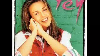 La bella cantante mexicana Fey y su rostro angelical - YouTube