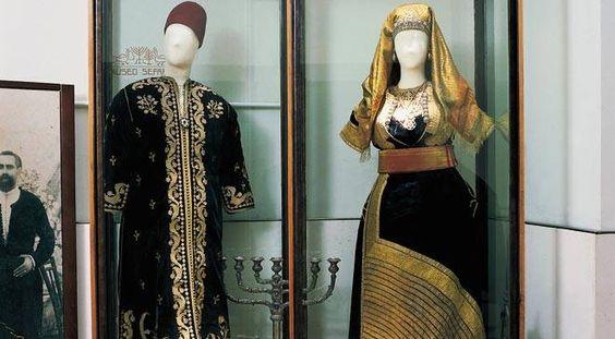Sephardic wedding dressing