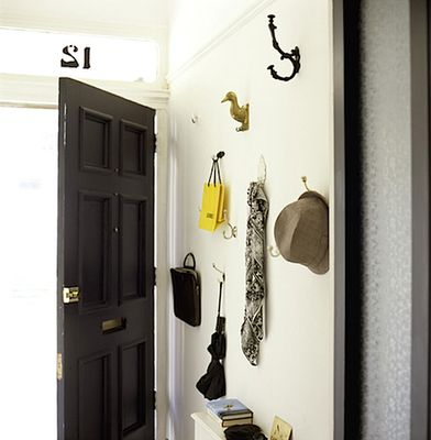 Unique and functional entryway via @citysage