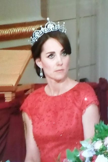 Kate Middleton attends state banquet at Buckingham Palace