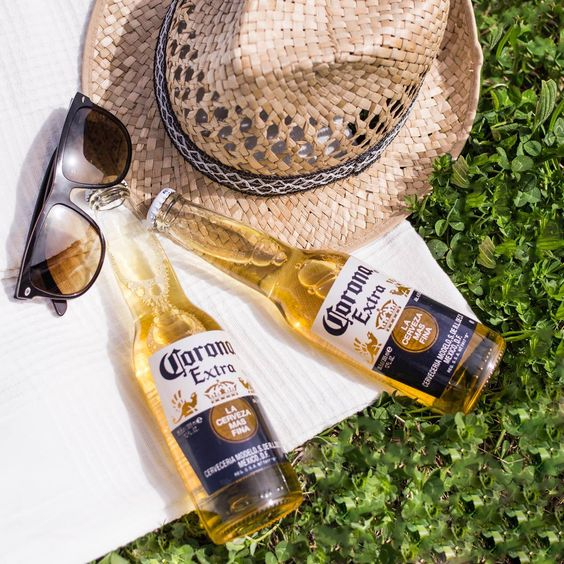Ab ins Sommerfeeling! Sonnenbrillle, Musik und kühles Corona! #TimeforCorona