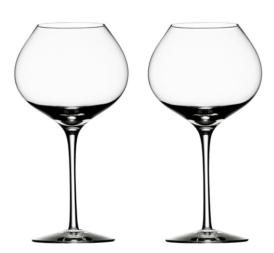 Difference, a unique suite of wine glasses explicitly designed to enhance flavor and bouquet, brings a new dimension to the enjoyment of fine wine. Form and function have been carefully tested: Difference is the creation of Erika Lagerbielke, one of Sweden's foremost stemware designers, who worked in close cooperation with wine connoisseur Bengt-Göran Kronstam to create the perfect set of glasses to enhance the smell and taste of an aged red wine.