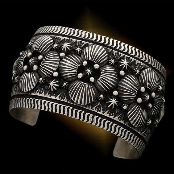 Scallop Bracelet, Darryl Becenti - Bracelets - Jewelry