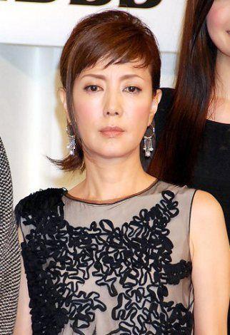 ドレス姿が美しい戸田恵子