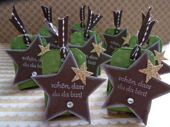 Goodies für den Stempelworkshop. Ferrero-Küsschen Dank Stampin Up winterlich verpackt.