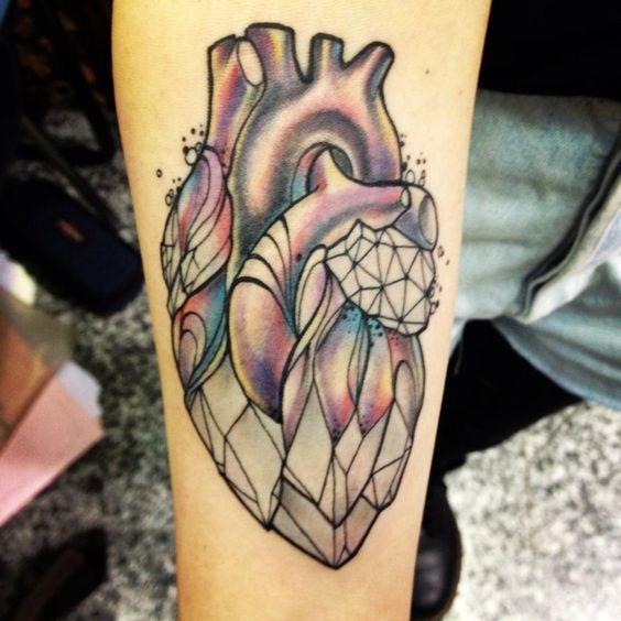 tatuaje de arcoiris con estrellas y corazon   Tatuajes   Pinterest ...