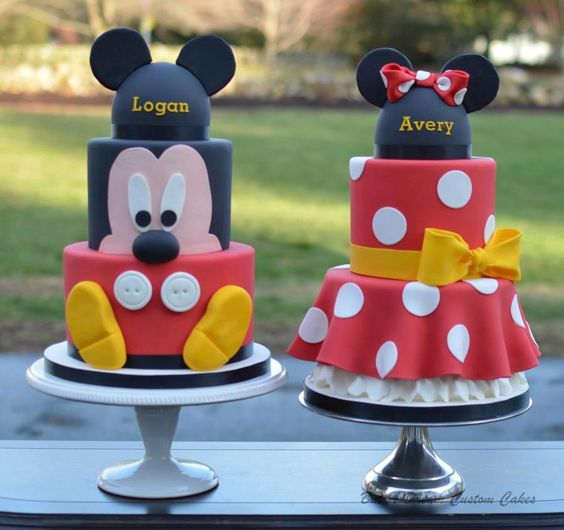 Mickey and Minnie Cakes - Cake by Elisabeth Palatiello: