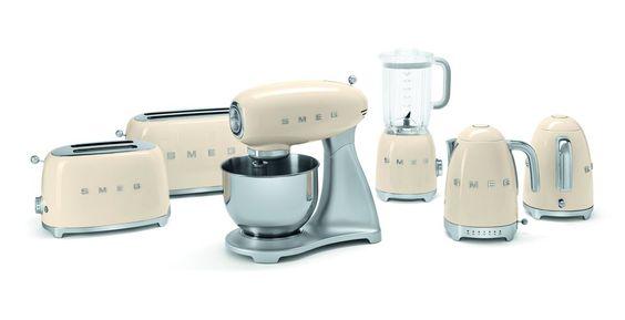 vintage style appliances | Retro Style small home appliances 1 Meet the New Smeg 50's Retro ...