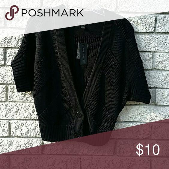 Worthington cardigan   medium Cable knit short sleeve cardigan. Worthington Sweaters Cardigans
