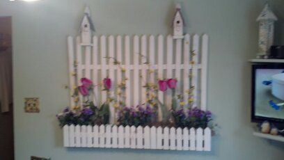 wall decoration with birdhouses