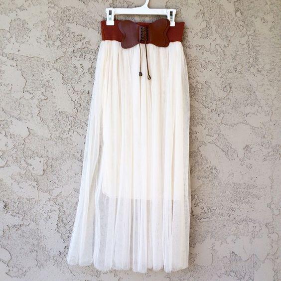 Japanese Boho Maxi Skirt Beautiful cream colored maxi skirt with a ...