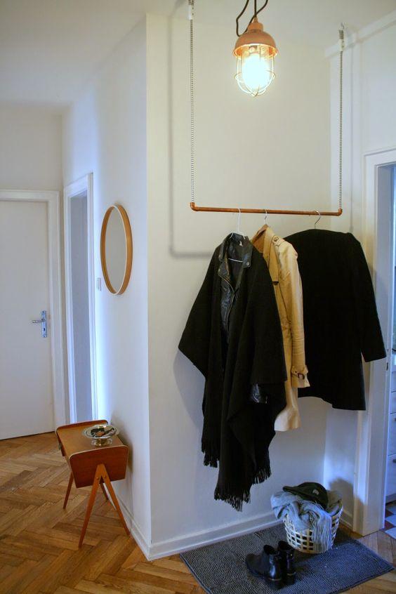 diy h ngegarderobe aus kupferrohr wohnen pinterest selber machen. Black Bedroom Furniture Sets. Home Design Ideas