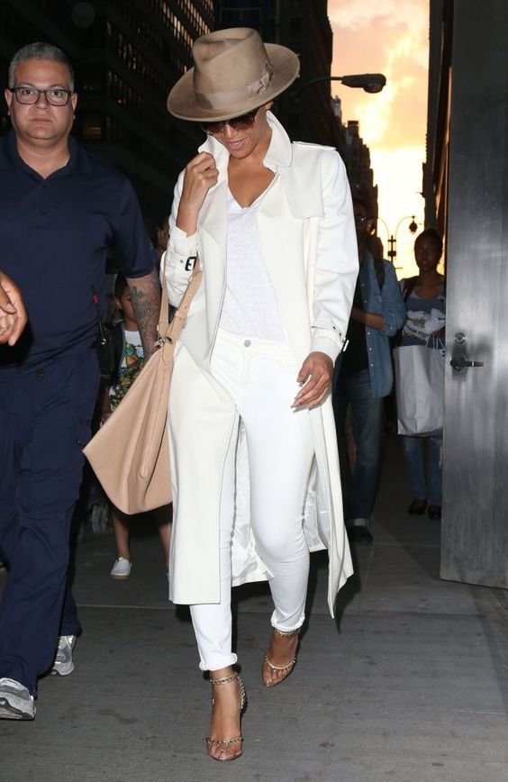 Beyoncé in New York May 12, 2015: